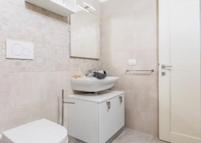 La vista sul bagno.