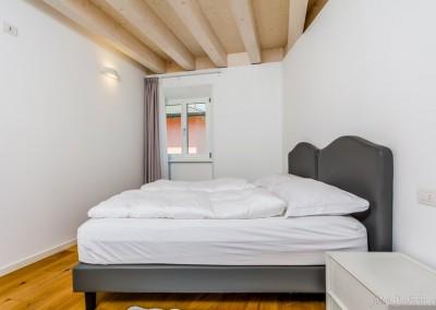 E' possibile scegliere tra due tipologie di cuscino: morbido o rigido, a seconda delle preferenze.